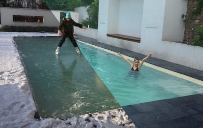 What kind of swimming pool is trendy these days? The one you don't need to refill every year. The one, that is ecological